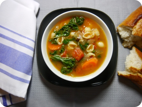 Smoky White Bean & Kale Soup