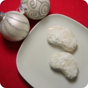 Vegan Pecan Crescent Cookies